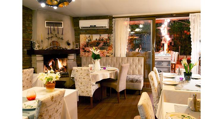 Maria-restaurant-2