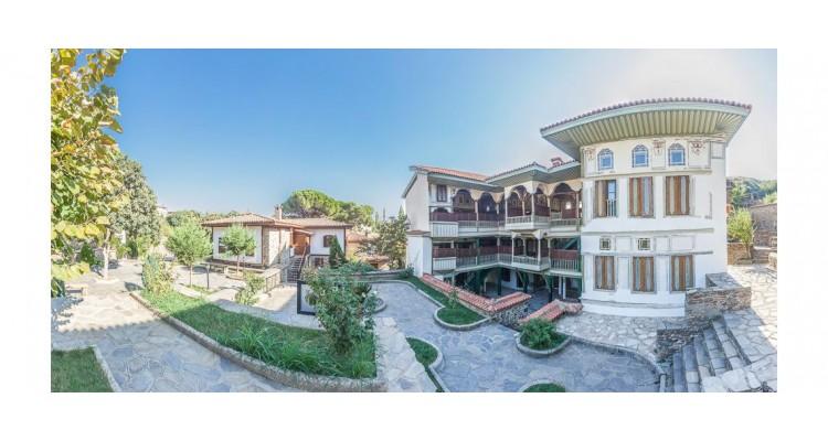 Izmir-Turkey-houses