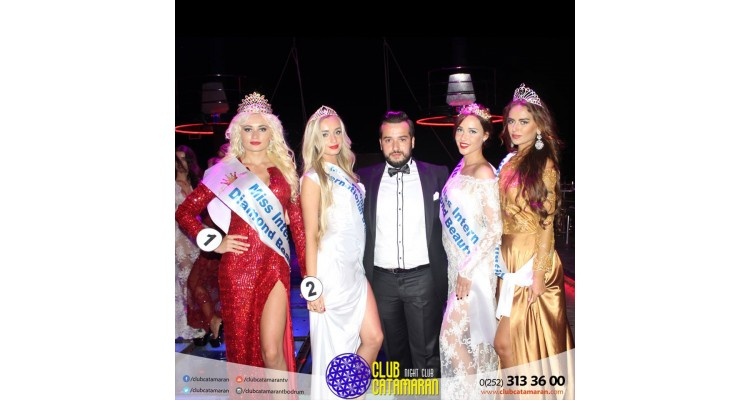 catamaran-beauty competition