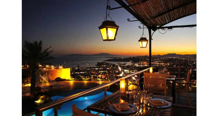 Bodrum-by night